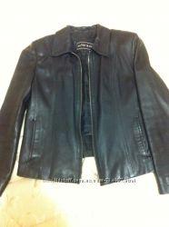 Куртка женская черная размер L, с карманами,