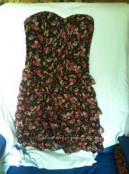 Платье женское  размер 38. бу на косточках.