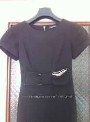 Платье женское , черное, размер 38. длина по спинке - 88 см. ПОТ - 31 см.