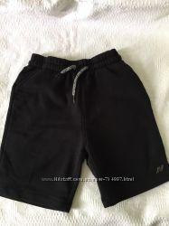 шорты детские трикотаж с начесом и шорты серые  на рост 134- 146 см