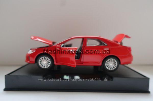 Машинка металл Toyota Camry 15см свет, звук Автопром