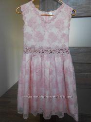 Красивенное платье цвета пудра 42-44 размер