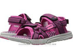 Новые сандалии Kamik  12 M или 30 евроразмер Оригинал