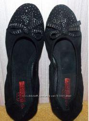 Красивые замшевые черные балетки новые - 38 размер, стелька 23, 5 см
