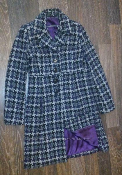 Классическое демисезонное пальто из Румынии - 44-46 размера