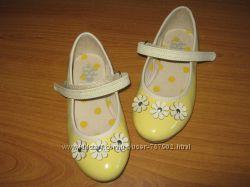 Дуже гарні нові туфельки