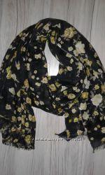 Стильный шарф палантин