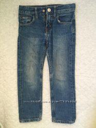 Продам джинсы HM, на мальчика, 2-3 года, бу