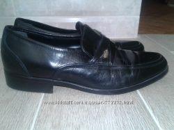Кожаные туфли  CLARKS р-р 42. 5 стелька 27. 5 см