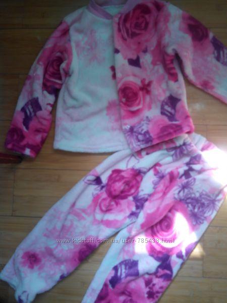 Красивая теплая пушистая пижамка розы вельсофт