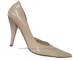 48. акция , туфли ,  классические, кремовые, белые, новые