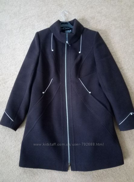 Коричневое пальто в идеале