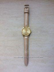 Новые часы женские cropp золотистого цвета