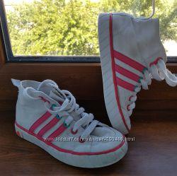 Кеды Adidas на девочку