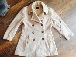 Бежевое кашемировое пальто размер М