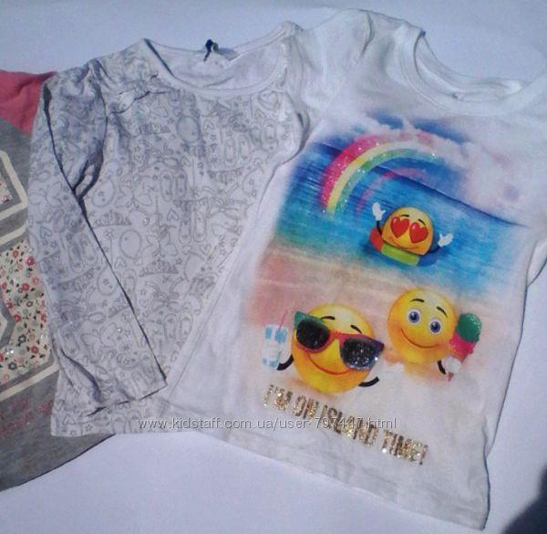 Наши фирменные футболки Childrens Place р. 4  и  M&S р. 3-4.