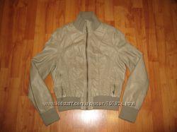 Фірмова куртка з замінника, розмір 36-38