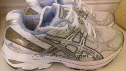 Продам кроссовки Asics 35. 5 -36 размера