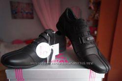 Туфли, спортивные туфли, кроссовки для мальчика, новые черные р. 35, 36, 38