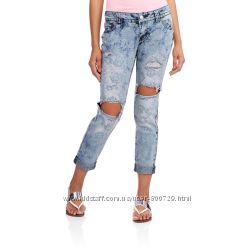 Рваные джинсы в состоянии новых