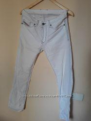 Летние, белые штаны  ф-мы Diesel