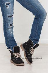 Женские ботинки из натуральной кожи и замши.