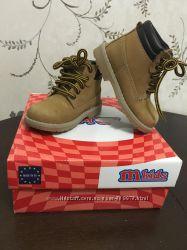 Крутые  ботинки Melania из Италии