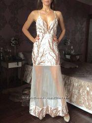 Длинное нарядное вечернее платье в пайетках