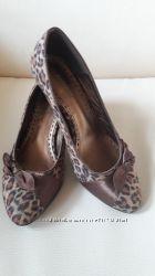 красивые туфли.
