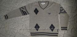 фирменный свитер Armani