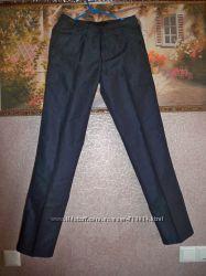Шикарные брюки 29 размер джинсового покроя