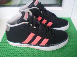 скейтера высокие  кроссовки Adidas оригинал  р. 34  2. 5  стелька 21 см