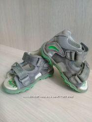 Продам сандалики Bartek 19 р. , состояние очень хорошее