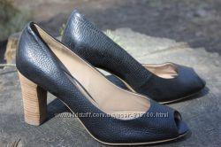 Распродажа Туфли-капельки, босоножки ECCO на каблуке. Оригинал.