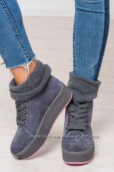 Ботинки кеды с довязом на толстой подошве. Натур замша. 4 цвета