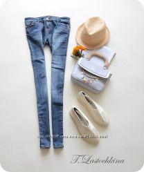 джинсы очень классные и модные фирменные DENIM CO идут на от ХС до С на бе