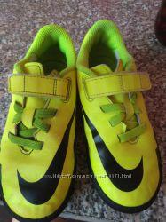 Яркие кроссовки Nike, 18. 5 см