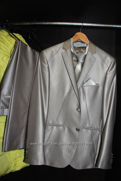 Шикарный мужской костюм даром