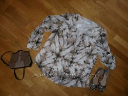 Красивая шифоновая блуза  CALVIN KLEIN XL
