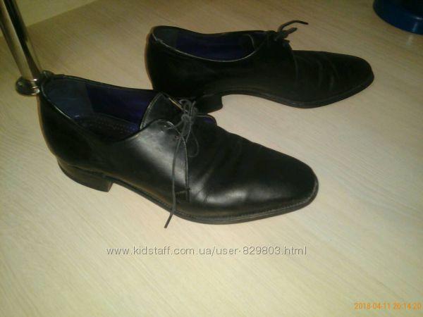 Продам туфли р. 40