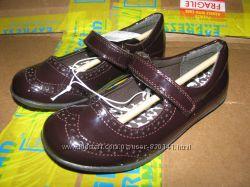Новые cтильные туфельки THE CHILDREN&acuteS PLACE  для девочки
