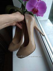 женские туфли бежевые