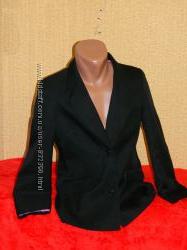 Пиджак черный школьный на девочку подростка 14-15 лет Marks &Spencer