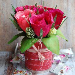 Розы с конфетами всередине