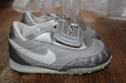 Легкие летние кроссовки Nike. 23, 5размер. 14, 5см. Оригинал.