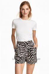 Лёгкие шорты от H&M