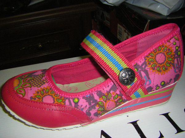 Новенькие, кожаные туфельки, мокасины, CROCS, GEORGE на девочку 30-35 р.