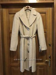 Продам шикарное шерстяное демисезонное пальто Monton 36 размер