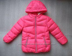 Яркая демисезонная куртка немецкого бренда C&A