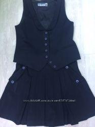 Школьный костюмчик жилетка и юбочка рост 146-152см